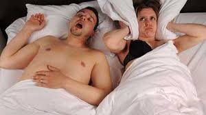( Men with OSAS and Snoring - Image Courtesy of www.qmedicine.co.in )